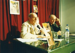 Con el Cnel Horacio Ballester. Presentación América XXI. Bs. As, Mayo 2002